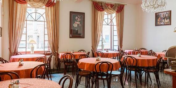 Ubytovanie pre dvoch za pár eur v pražskom hoteli D´Angelo s výbornou polohou a deťmi zdarma/Praha 5 - Smíchov