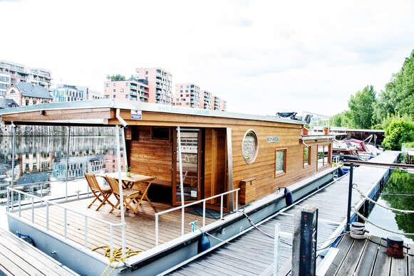 Sleva 0% na pobyt - Netradiční ubytování až pro 6 osob v Houseboatu Bonanza s plně vybavenou kuchyní a…