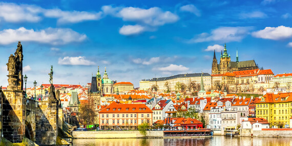 Romantický pobyt v Pensionu Lucie**** v Praze se snídaní a platností až do března 2020 / Praha
