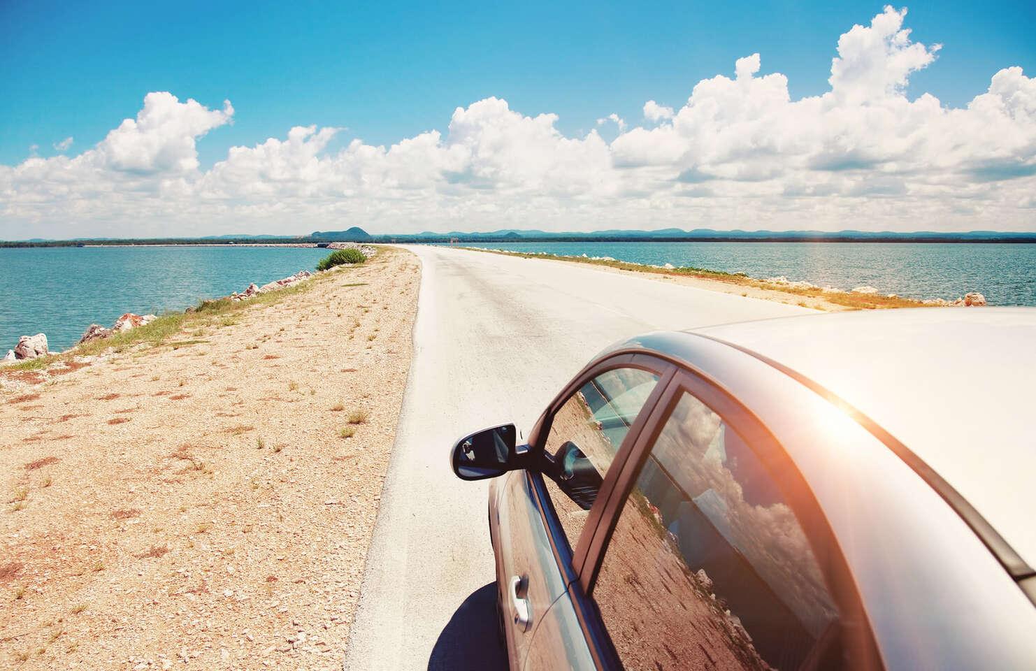 Plnenie klimatizácie auta pre svieži vzduch na vašich cestách