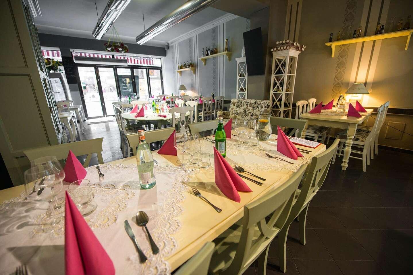 Talianske 5-chodové menu pre dvoch v reštaurácii Maximilián, na t...