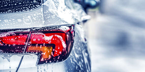 Kompletné umytie auta aj s tepovaním interiéru TORNADOROM a impregnáciou tesnení/Bratislava – Petržalka