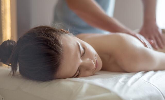 Klasická, relaxačná 30-minútová masáž.