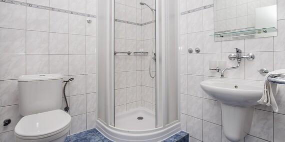 Zima v Hotelu PROM *** v Krkonoších u Černé hory s polopenzí a bazénem i přes Vánoce nebo na Silvestra/Krkonoše - Svoboda nad Úpou