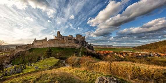 Vstup na legendárny hrad Beckov, kde zažijete stredovek na vlastnej koži/Beckov
