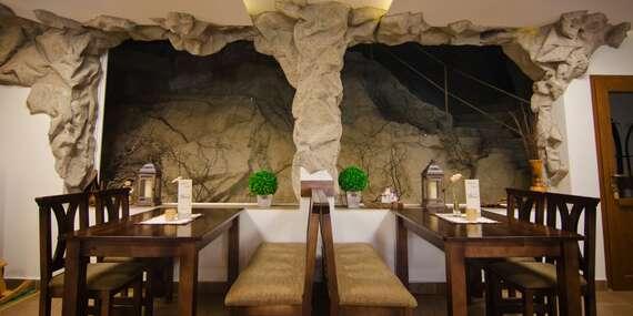 Hotel Fatra s vlastní jeskyní - pobyt v centru Terchové jen kousek od Vrátné doliny a Jánošíkových děr/Terchová