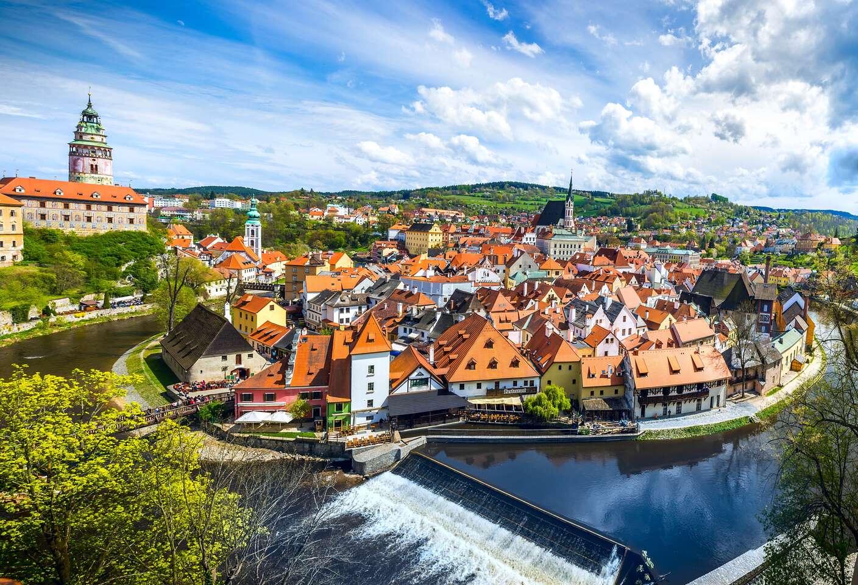 Rozprávkový Český Krumlov zo zoznamu UNESCO s pobytom vo vynoveno...