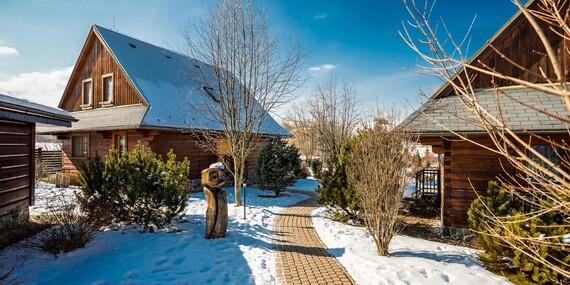 Kouzelná zima s celou rodinou v apartmánech nebo dřevěnicích resortu Sojka / Slovensko - Liptov - Malatíny