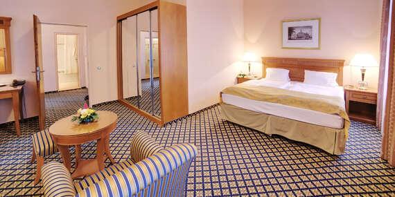 Spa hotel Lauretta**** v prestižní lokalitě Karlových Varů pouhé 3 minuty chůze od kolonád s plnou penzí a procedurami/Karlovy Vary
