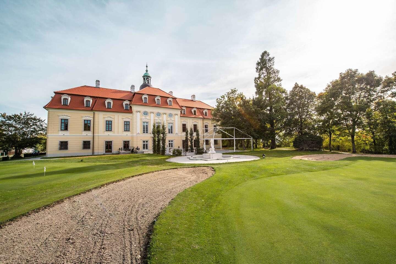 Pobyt ako z rozprávky – v bernolákovskom kaštieli Theresia Chateau