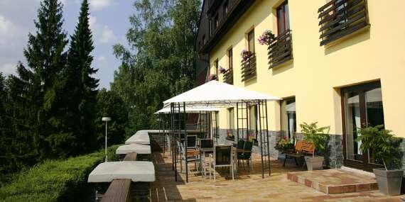 Od jara do léta v beskydské přírodě pod Lysou horou s ubytováním v hotelu Ondráš, polopenzí, vstupem do bazénu i vířivky a možností zapůjčení elektrokol / Ostravice - Beskydy