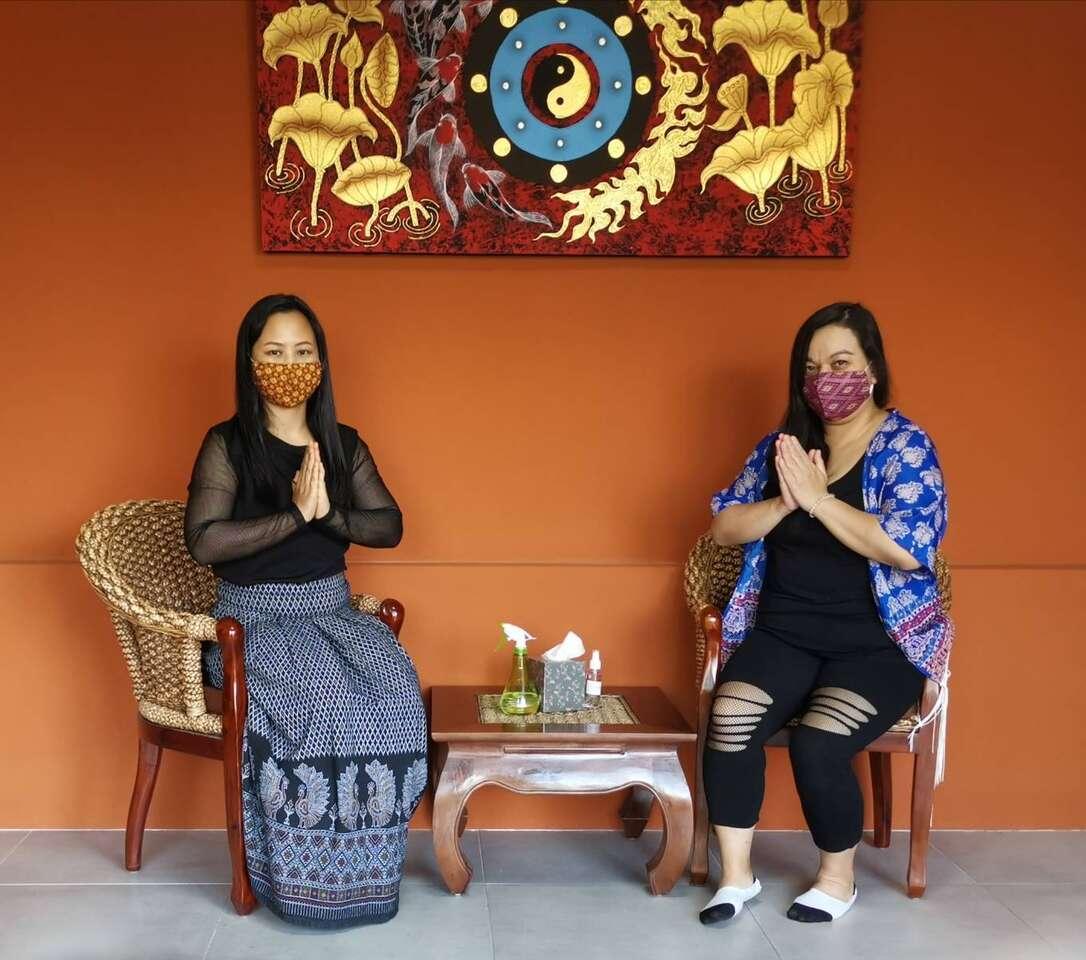 Uvoľňujúca thajská olejová aromatická masáž v Sala Thai Massa...