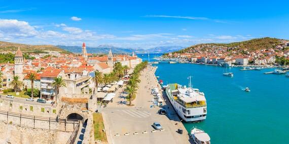 Jedinečný hotel Pašike**** priamo v historickom centre Trogiru s možnosťou plnej penzie/Chorvátsko - Metajna