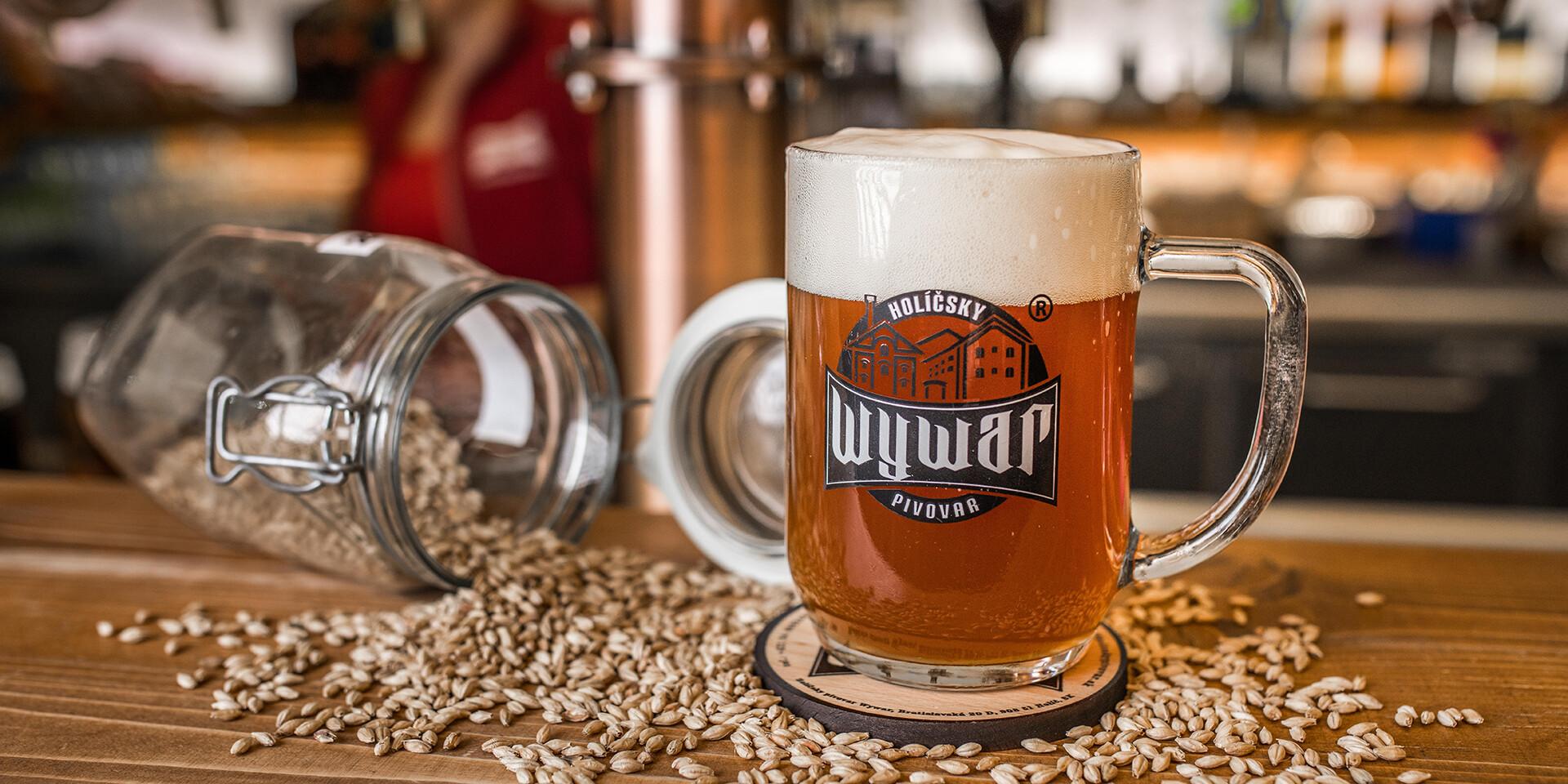 Prehliadka pivovaru WYWAR s degustáciou piva