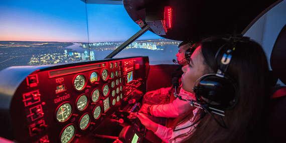 Exkluzívny zážitok pre simulátorových letcov - nádherná scenéria New Yorku z kokpitu malého vrtuľového lietadla Piper Seneca, limitovaný počet kupónov/Bratislava - Ružinov