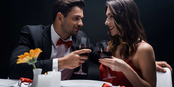 5-chodová servírovaná večera s napárovanými vínami pre 1 osobu v Boutique Hoteli Zlatý Kľúčik****/Nitra