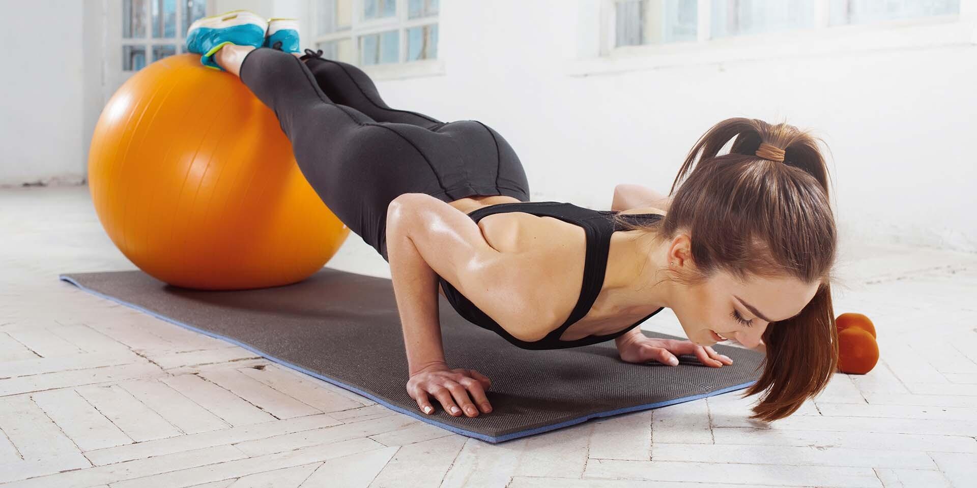 Pilates, fitlopty alebo Port De Bras v Sunflowerstudiu na rok 2020