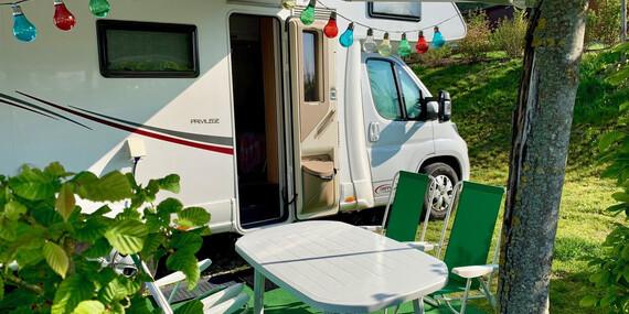 Prenájom Happy Caravan pre 6 osôb na cestovanie a spanie/Slovensko