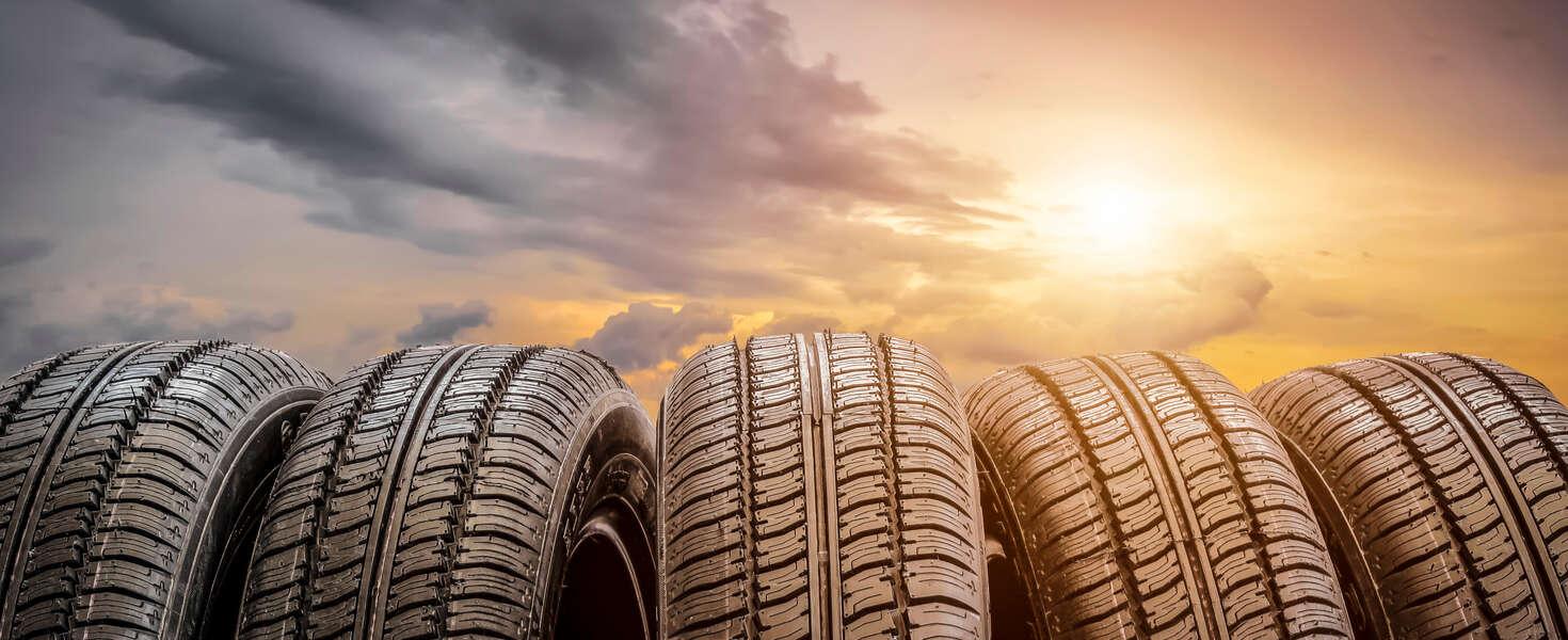 Kompletné prezutie pneumatík s vyvážením + kontrola vozidla