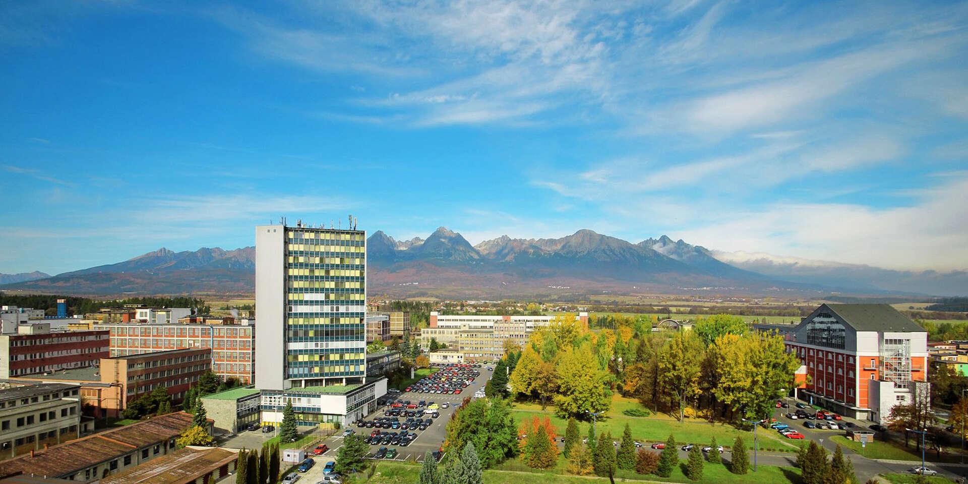 Jesenný relax pod Vysokými Tatrami v moderných apartmánoch hotela Spolcentrum*** vo Svite