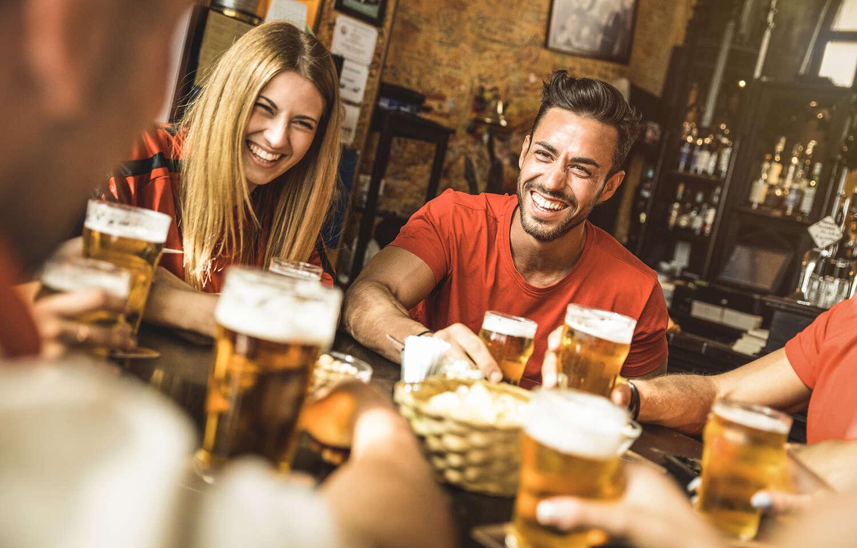 Ochutnajte pivo Bakalář a k tomu nakladaný syr encián, utopenec alebo paštétu v pivárni Lajko
