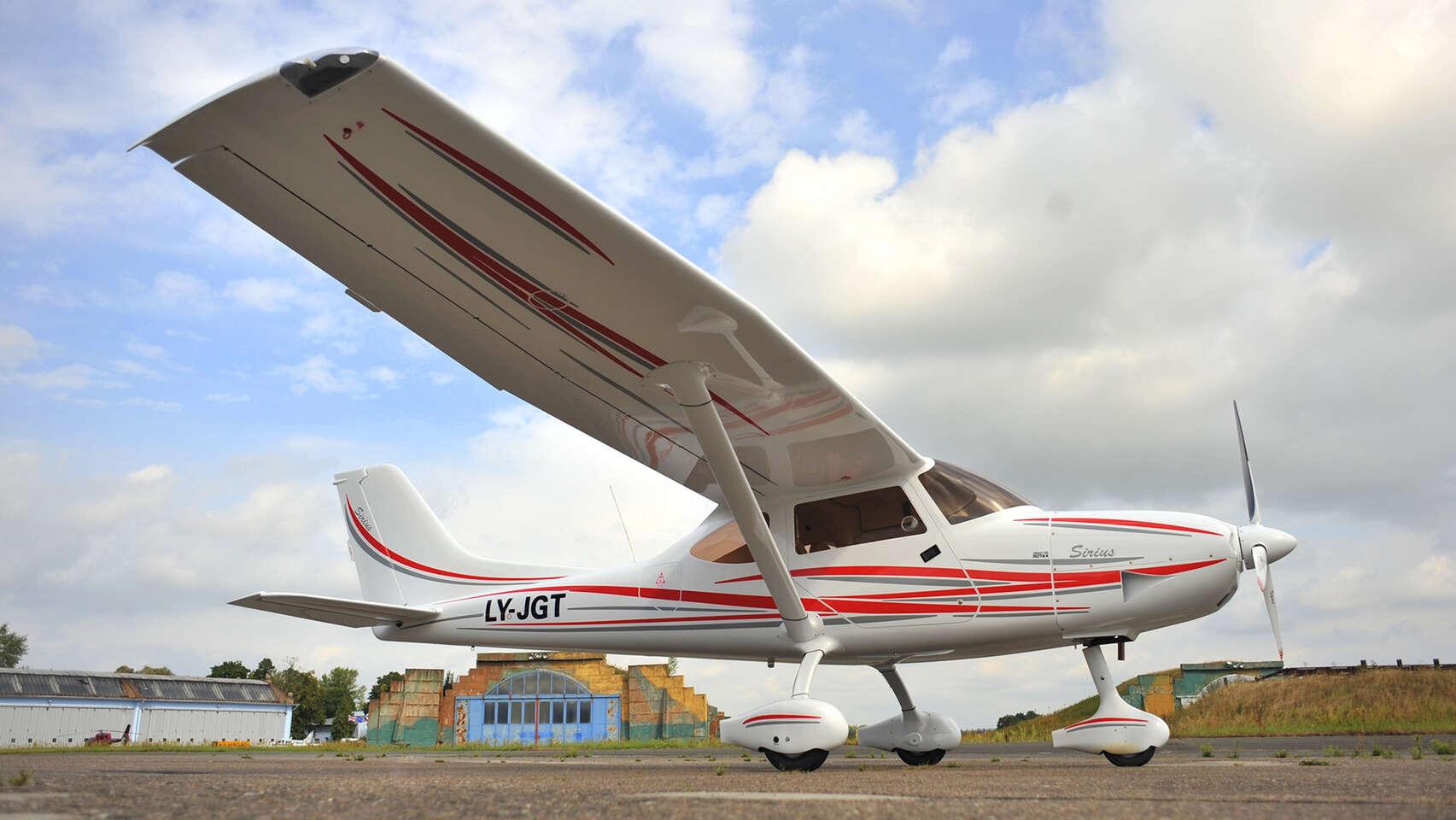 Zážitkový let na novom lietadle Sirius s nadštandardnou výbavou - letisko Sládkovičovo