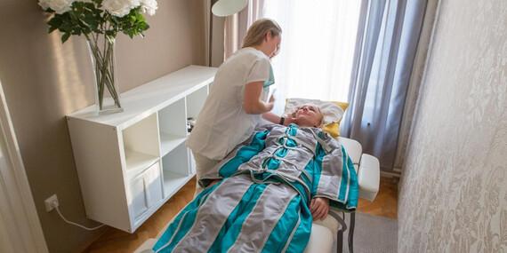 Královsky nabitý balíček plný péče a hýčkání v délce 170 minut - kosmetika, masáž a lymfodrenáž s platností do října 2020/Praha 1, Brno, Plzeň