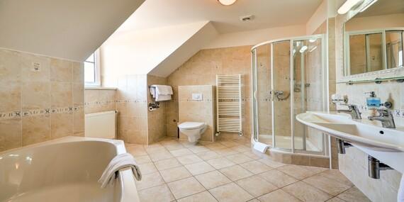Chráněná krajinná oblast Pálava a relaxační pobyt ve wellness hotelu Iris*** s vybranými procedurami, vířivkou a polopenzí/Jižní Morava - Pavlov