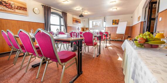 Horúce wellness a noc s raňajkami pre dvoch vo W Hoteli*** v Bratislave/Bratislava - Devínska Nová Ves