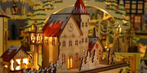 Vianočné drevené LED svietniky/Slovensko