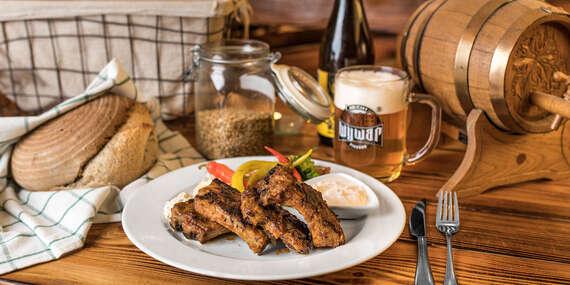 Kačacie menu alebo grilované rebrá v pivovare WYWAR + prehliadka v cene/Holíč