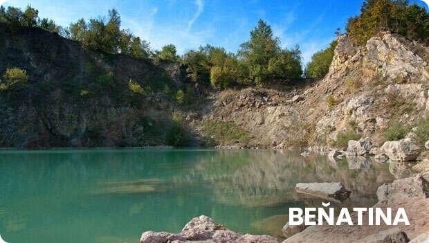 Obec Benatia