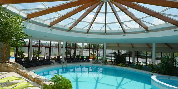 Komplexný relax v hoteli Flóra** Dudince s plnou penziou, bazénom a kúpeľnými procedúrami/Dudince