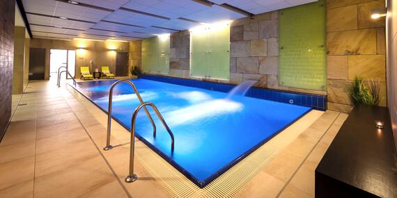 Luxusní resort Kaskáda****: wellness nebo degustační pobyt nedaleko Brna / Brno
