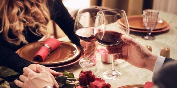 Romantická večera, wellness alebo pobyt v hoteli Panorama**** v centre Trenčianskych Teplíc/Trenčianske Teplice