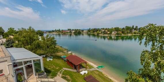 Léto na Slunečních jezerech s neomezeným bazénem, paddleboard-em a polopenzí/Senec - Slnečné jazerá