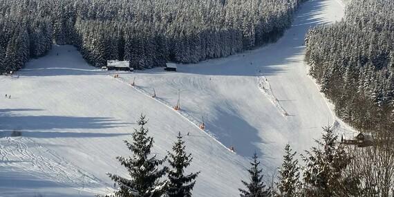 Zima v Parkhotelu Harrachov *** s výhledem přímo na Čertovu horu a polopenzí s variantami i na jaro/Krkonoše - Harrachov
