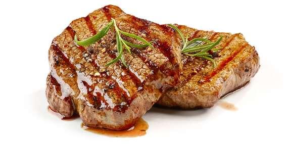 Steakové hody jako pro Golema: 3chodové menu s výběrem podle chuti a třemi druhy steaků v Golemově restaurantu/Praha - Březiněves