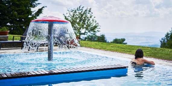 Letní pobyt v Krkonoších s nádherným výhledem z hotelu Žalý***, se snídaní či polopenzí, využitím bazénů a 50% slevou na masáže a zapůjčení elektrokol / Krkonoše - Benecko