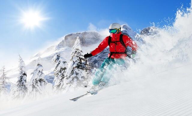 Celodenná aj večerná lyžovačka v poľských Tatrách v obľúbenom Jurgow Ski len 1 km od hraníc