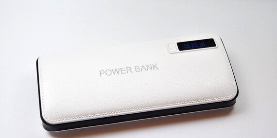 Univerzálna núdzová nabíjačka Powerbank s kapacitou 10000 až 20000 mA/Slovensko
