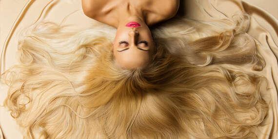 Revolučná rekonštrukčná kúra na vlasy talianskej značky Framesi so 75-ročnou históriou a strih, konečná cena pre všetky dĺžky vlasov/Bratislava – Ružinov