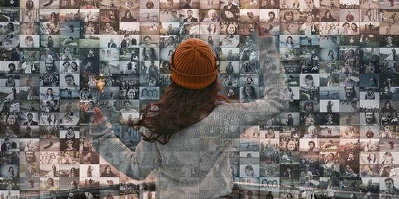 Mozaika na plátne z vlastných fotografií, aj v tvare srdca – natiahnutá na ráme so závesným systémom/Slovensko
