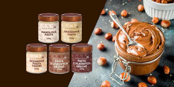 Orechové pasty v RAW kvalite: sezamová, mandľová, arašidová, z lieskových alebo vlašských orechov/Slovensko