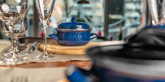Trojchodová večera s proseccom pre dvoch v 75 Restaurant & Beer/Bratislava – Ružinov