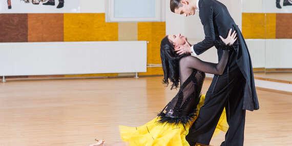 Kurz spoločenských tancov pre začiatočníkov v Univerzálnom dome tanca/Bratislava – Rača