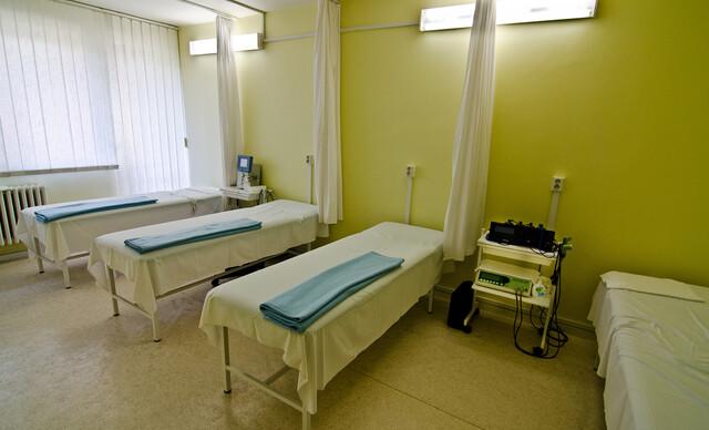 Komplexný relax v hoteli Flóra** Dudince s plnou penziou, bazénom a kúpeľnými procedúrami.