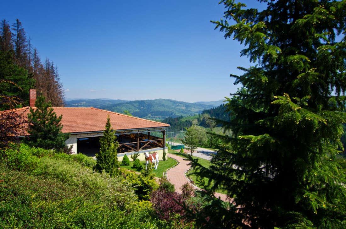 Hotel Husárik****: Dovolenka v čistej prírode, s bazénom a region...