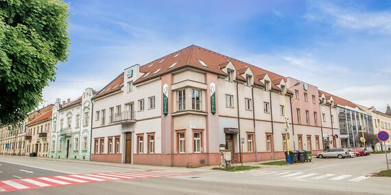Pobyt v centre Košíc pre dvoch s raňajkami a fľašou sektu/Košice - Staré Mesto