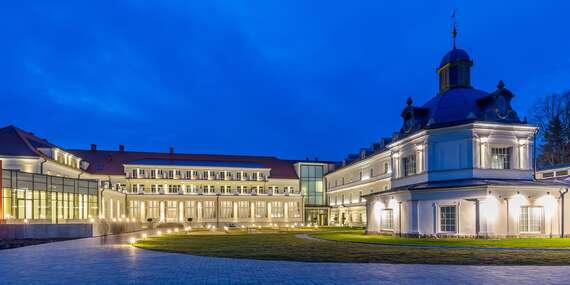 Luxusní odpočinek s neomezeným koupáním v aquapaku, procedurami a Zlatým koupelem v hotelu Royal Palace *****/Turčianske Teplice
